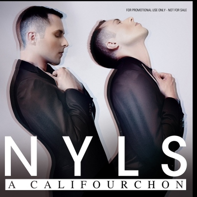 Nyls - A califourchon / Copyright Nyls