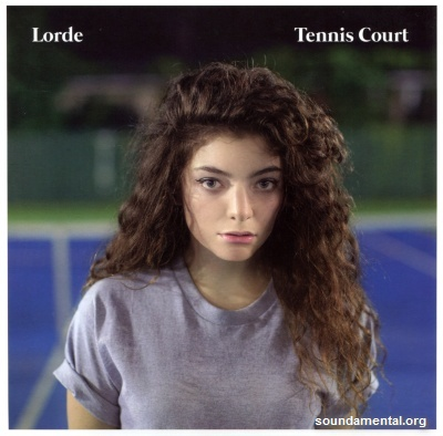 Lorde - Tennis court / Copyright Lorde